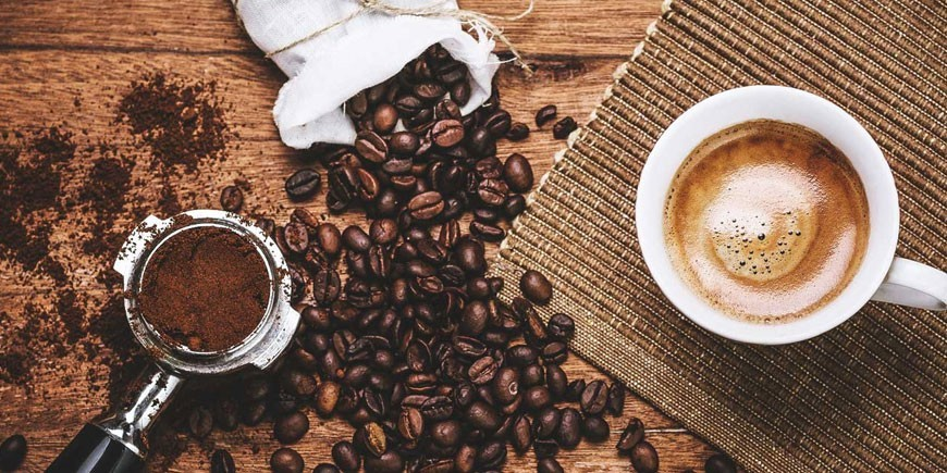 Caffè espresso con yougurt